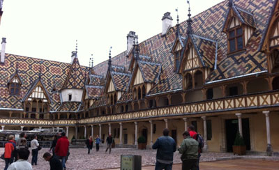 Hospices de Beaune Giving Back
